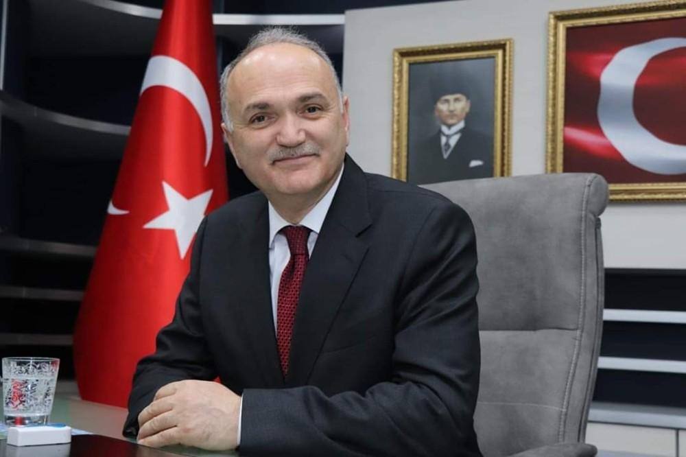 Bakan Özlü, AK Parti'nin kuruluş yıldönümünü kutladı
