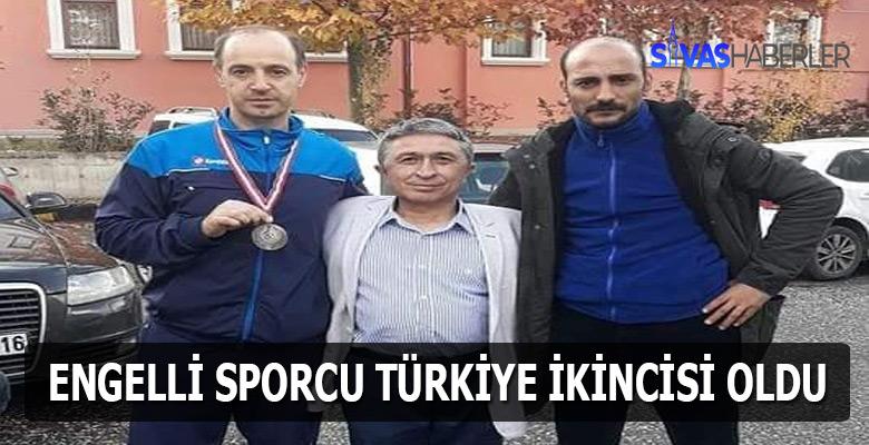 Sivaslı Engelli tenisçi Türkiye ikincisi oldu