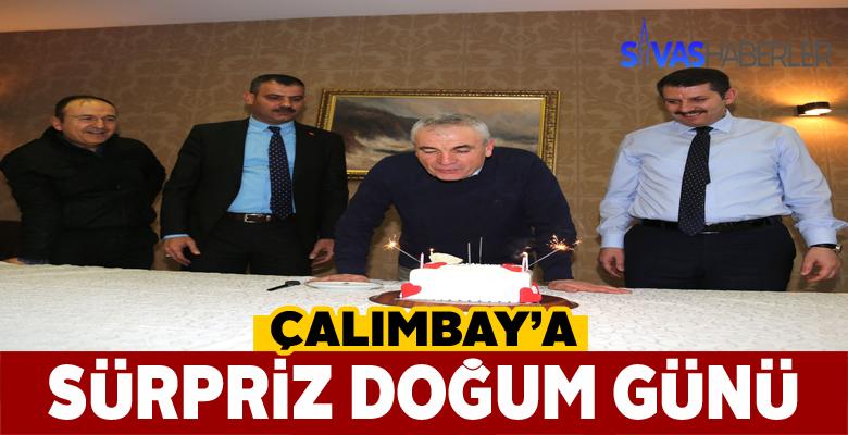 Sivas Valisinden Rıza Çalımbay'a doğum günü sürprizi