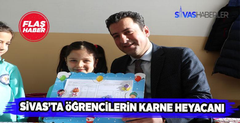 Sivas'ta 8 bin öğrencinin karne coşkusu