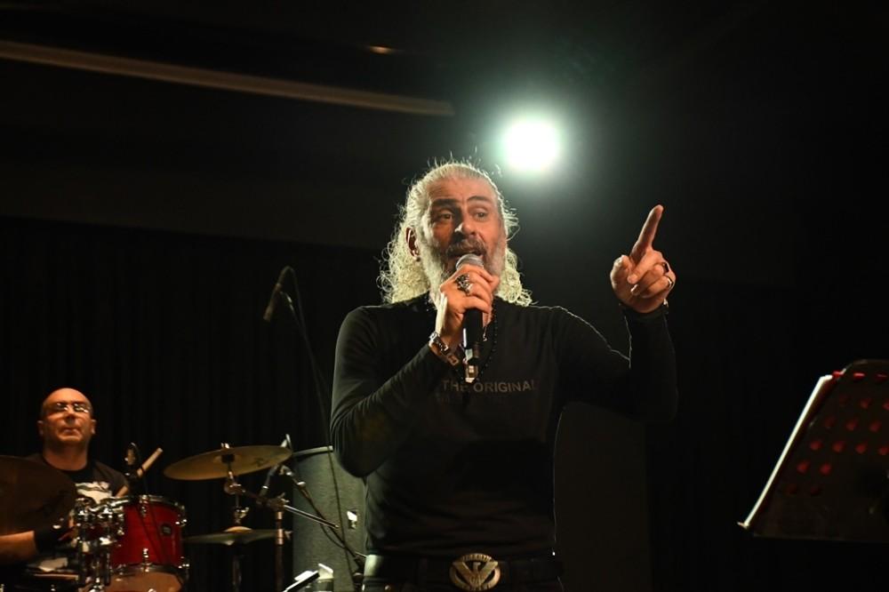 Cem Karaca ve Barış Manço'yu anma konseri düzenlendi