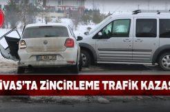 3 aracın birbirine girdiği kazada 2 kişi yaralandı