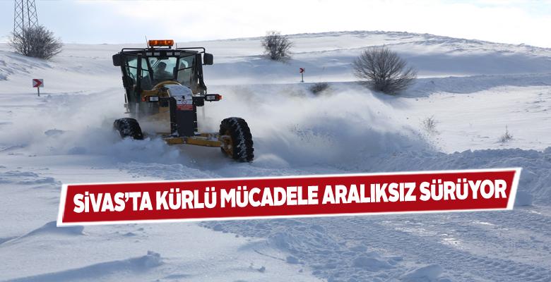 Sivas'ta kar küreme çalışmaları devam ediyor