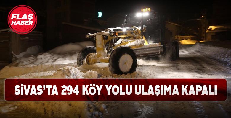 Sivas'ta kapalı köy yollarının temizlik çalışmaları sürüyor