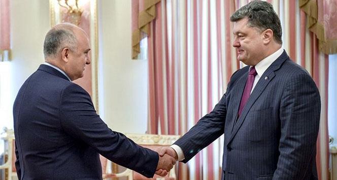 Ukrayna Devlet Başkanı Poroşenko danışmanını kovdu