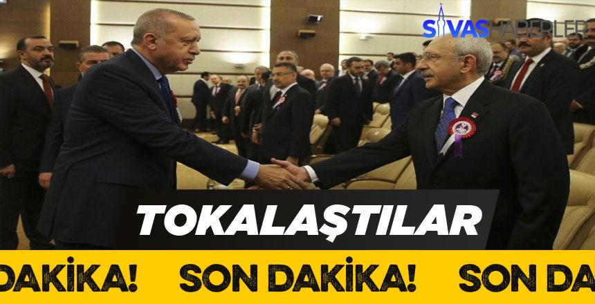 Erdoğan ve Kılıçdaroğlu Uzun Süre Sonra Tokalaştılar