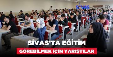 Üniversite Okumak İsteyen Öğrenciler Sınava Girdi