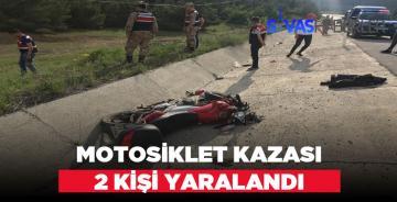 Motosiklet kazasında 2 kişi yaralı